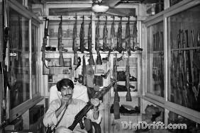 Pakistan - Lord of War - Gun - AK47 - Arms Dealer